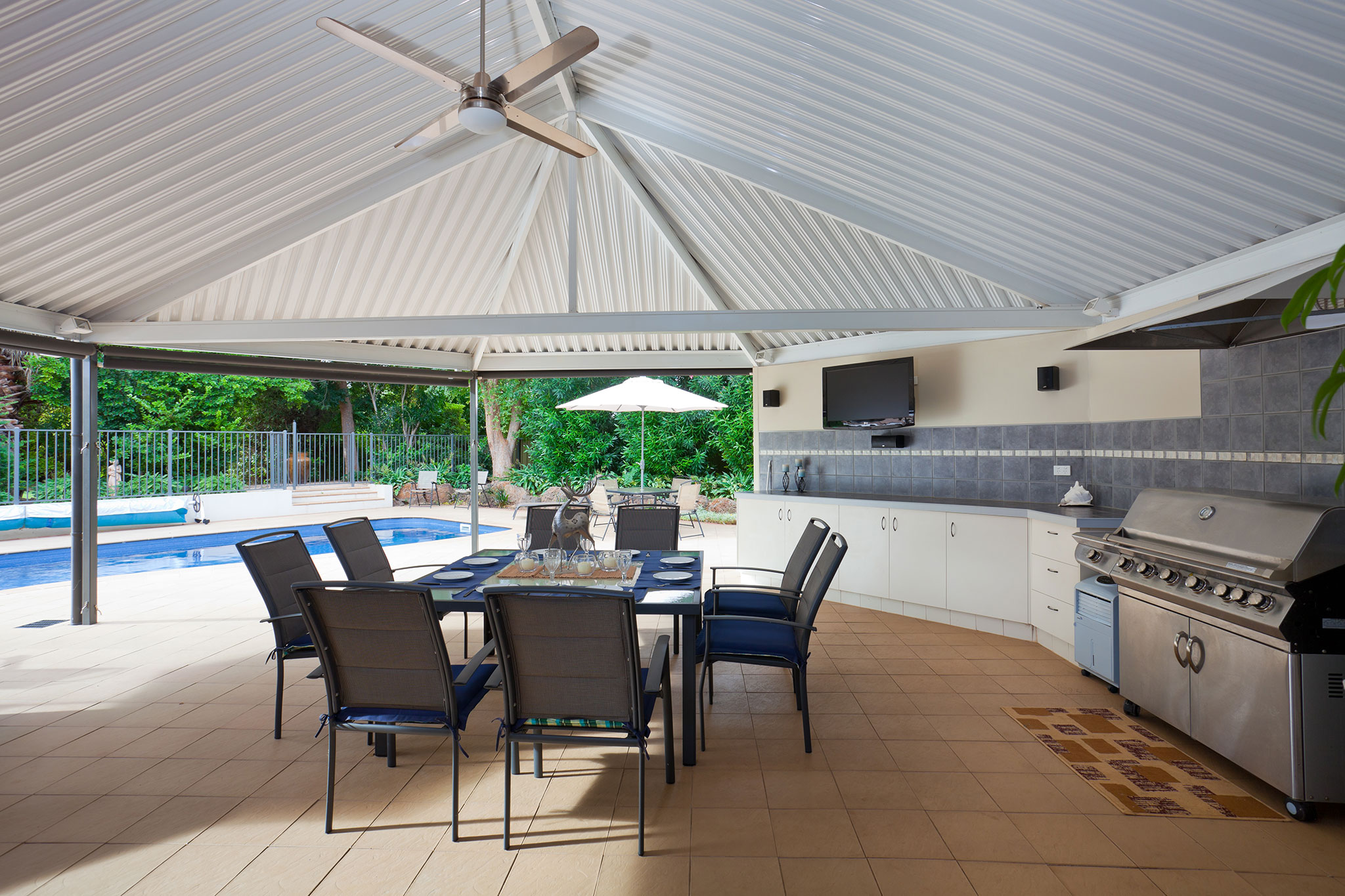 Easy BBQ ideas for your Backyard Patio