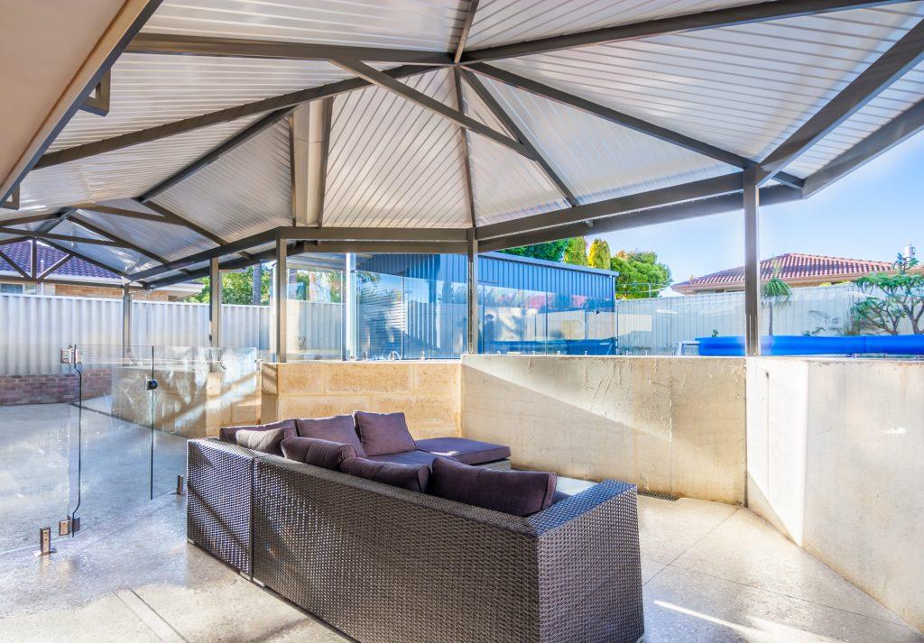 hip roof patios perth